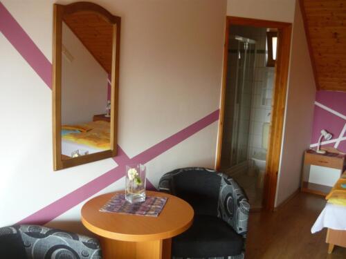 Labdarózsa családi szoba